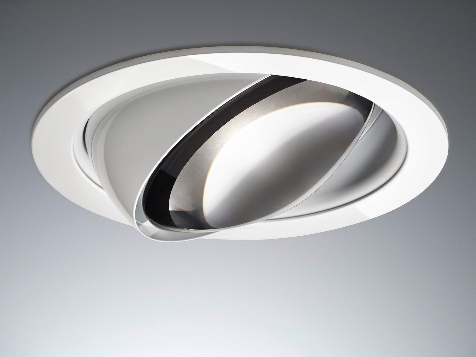 <h1>Occhio - när det måste vara perfekt</h1><h4>Occhios serie Più Plus förenar genomtänkt design, hög ljuskvalitet och perfekt produktfinish. Klicka på pilen nedan så hittar du inspiration och fler produkter från Occhio.</h4>
