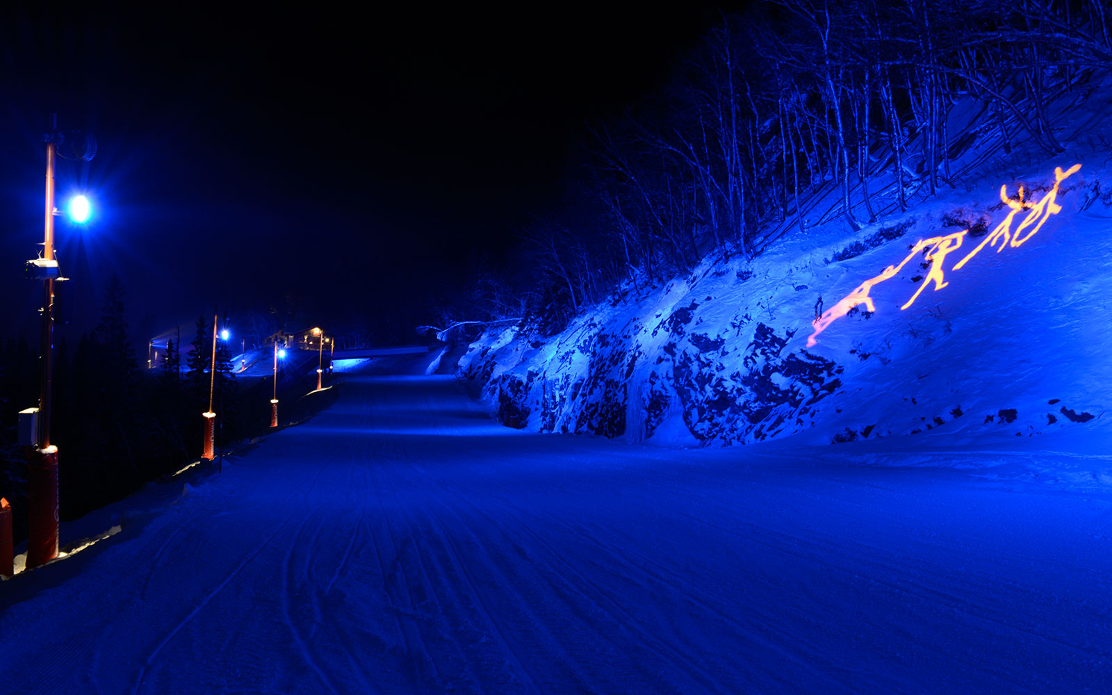<h1>Åre skiing slope</h1><h4>Lighting designer Kai Piippo and SkiStar Åre have created a mystical fairy world that won Lighting Award 2013.</h4>
